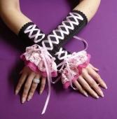 наметала и ръкавици...
